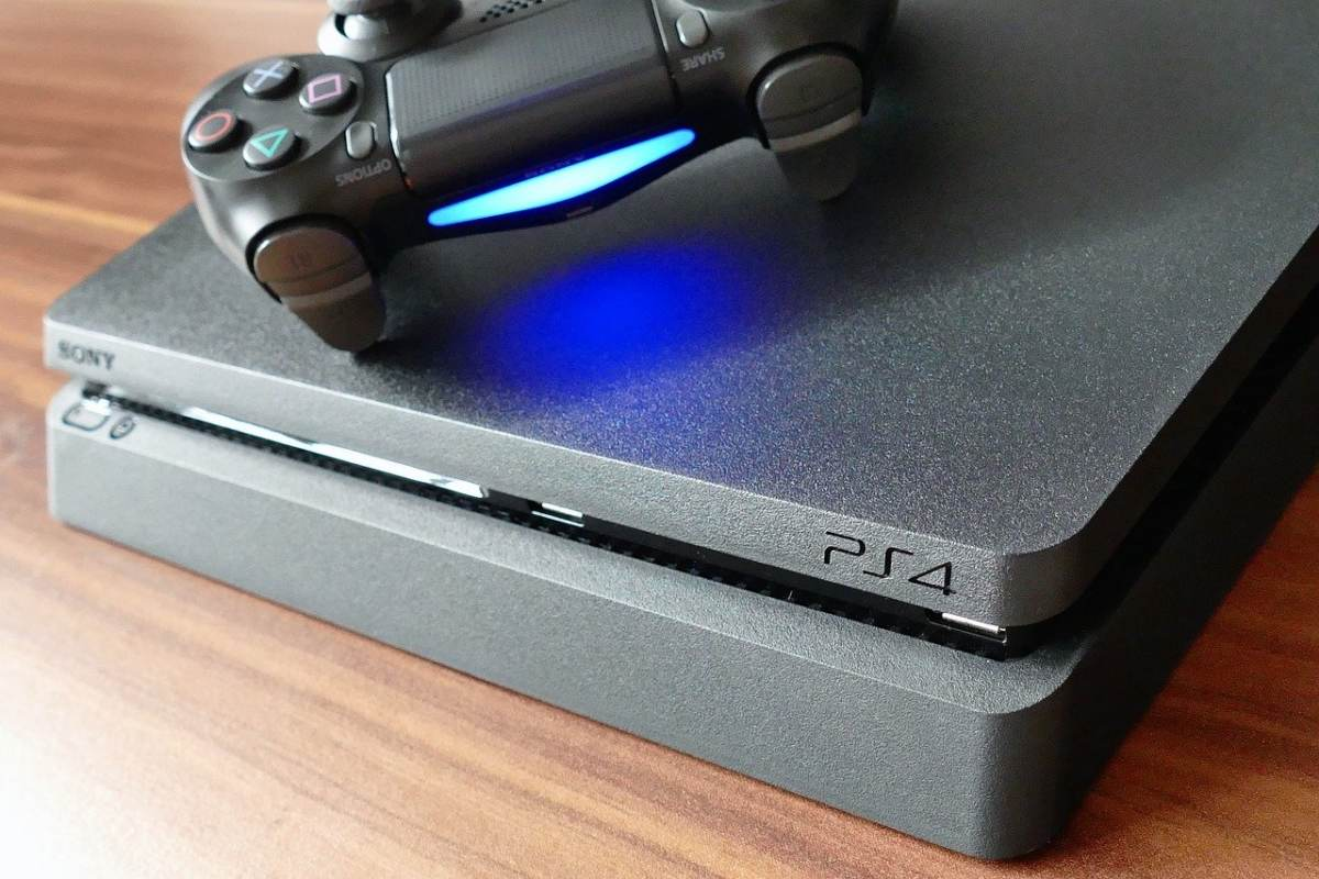 PS4 Controller Blinking Red
